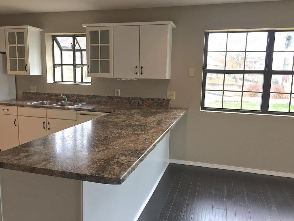 Tiling over existing countertops