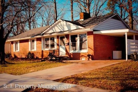 Photo of 202 S Orchard Dr, Carbondale, IL 62901