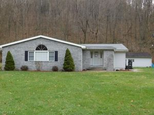3943 Township Road 242 Rd Toronto OH 43964