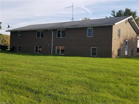 2602 Ketchum Rd, Rome, OH 44085