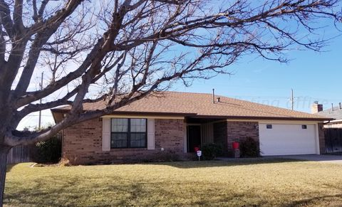 Photo of 1433 N Zimmers St, Pampa, TX 79065