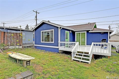 7742 35th Ave Sw, Seattle, WA 98126