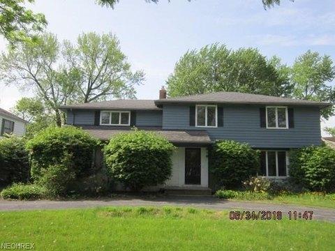 18222 Van Aken Blvd, Shaker Heights, OH 44122