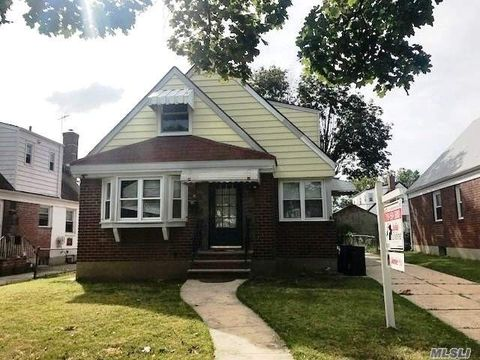 80 14 255th St Floral Park NY 11004