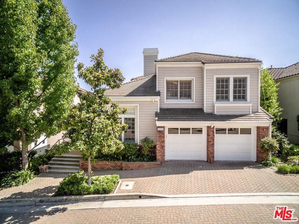 11810 Henley Ln, Los Angeles, CA 90077