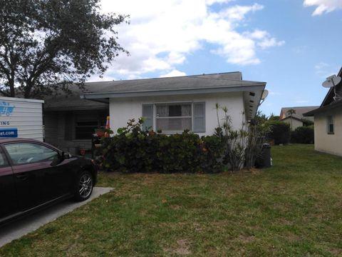 3901 S Kenas St, Lake Park, FL 33403