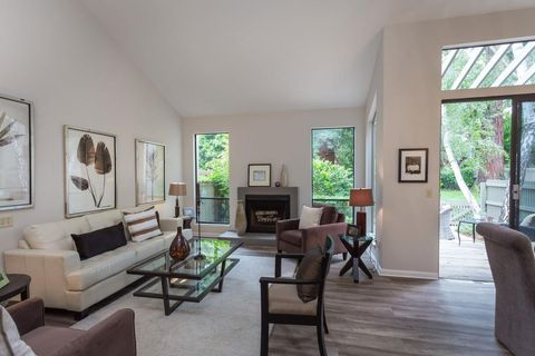 175 Sherland Ave, Mountain View, CA 94043