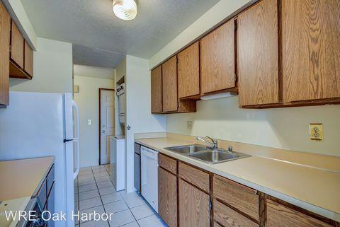 Photo of 91 Se 11th Ave Apt 304, Oak Harbor, WA 98277
