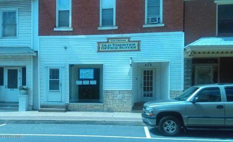 434 Chestnut St, Mifflinburg, PA 17844