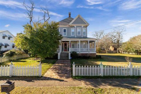 Photo of 306 E Marion Ave, Crystal Springs, MS 39059
