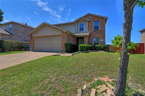 Photo of 417 Summer Tree Dr, Hutchins, TX 75141