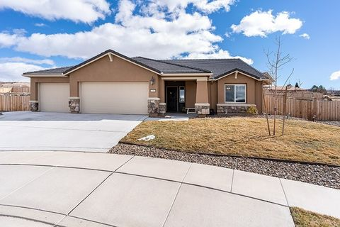 Photo of 3780 Exposition Ct, Sparks, NV 89436
