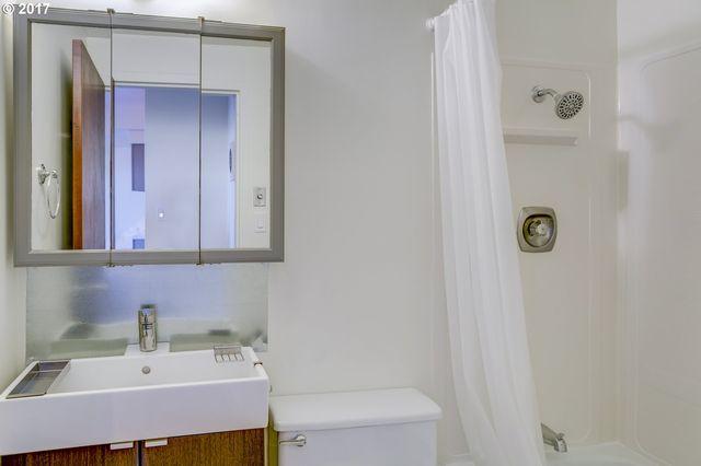 Bathroom Fixtures Eugene Oregon 1313 lincoln st apt 305, eugene, or 97401 - realtor®