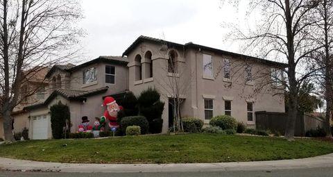 300 Lyman Cir, Sacramento, CA 95835