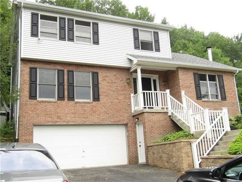 144 Dwellington Dr, Middlesex Township, PA 16059
