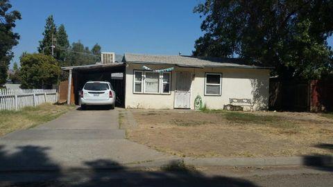 1170 W Parr Ave, Pinedale, CA 93650