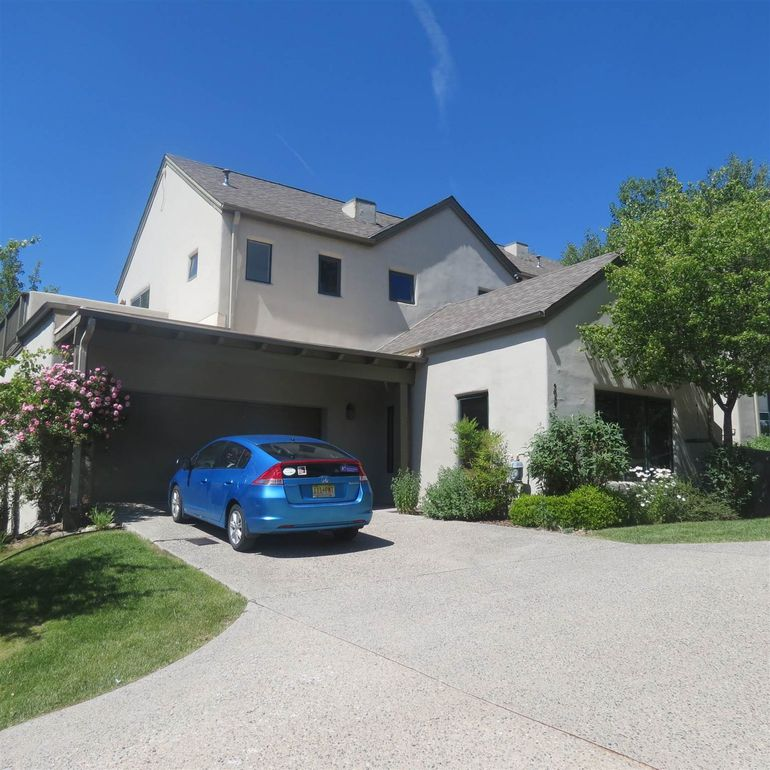 5035 Carriage House Dr Los Alamos, NM 87544