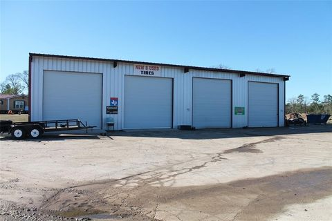 Photo of 8008 Us Highway 287 E, Corrigan, TX 75939