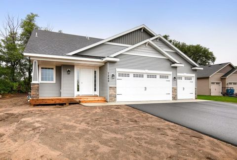 Photo of 7730 Trappers Ridge Dr, Clear Lake, MN 55319