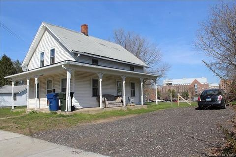 169 Mansfield Ave, Windham, CT 06226
