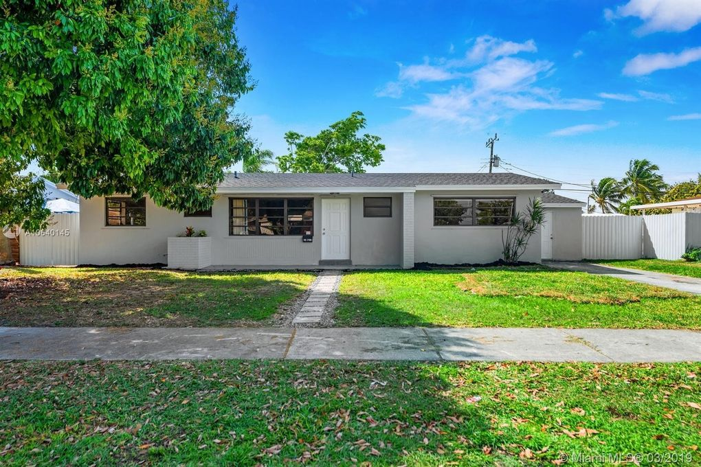 9820 Sw 163rd St, Miami, FL 33157