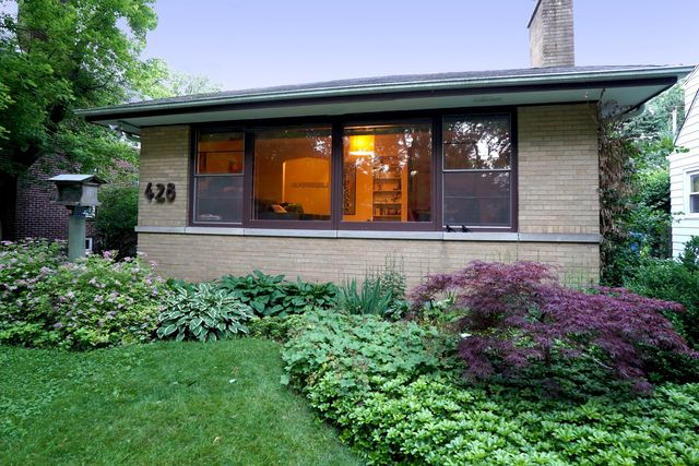 428 Broadview Ave, Highland Park, IL 60035 - realtor.com®