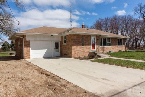 Photo of 216 2nd St, Hansell, IA 50441