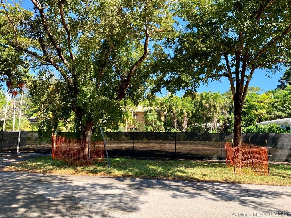6901 Mentone St Coral Gables Fl 33146 Land For Sale And Real