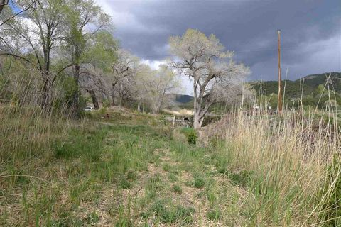 2 Apple Valley Rd, High Rolls Mountain Park, NM 88325