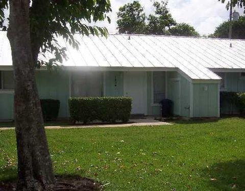 1938 Windsor Dr, North Palm Beach, FL 33408