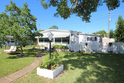 5241 Pineland Ave, Port Orange, FL 32127