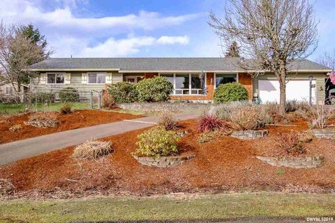Homes For Sale Near North Albany Middle School Albany Or Real