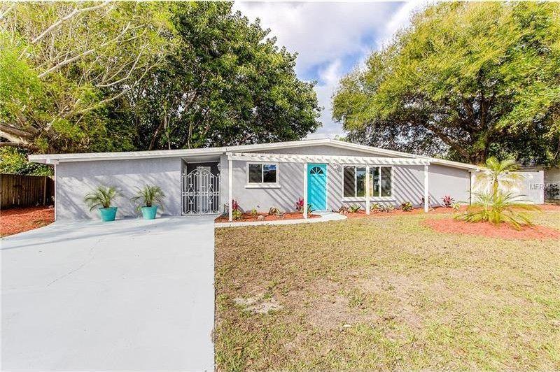 2857 Homasassa Rd, Sarasota, FL 34239