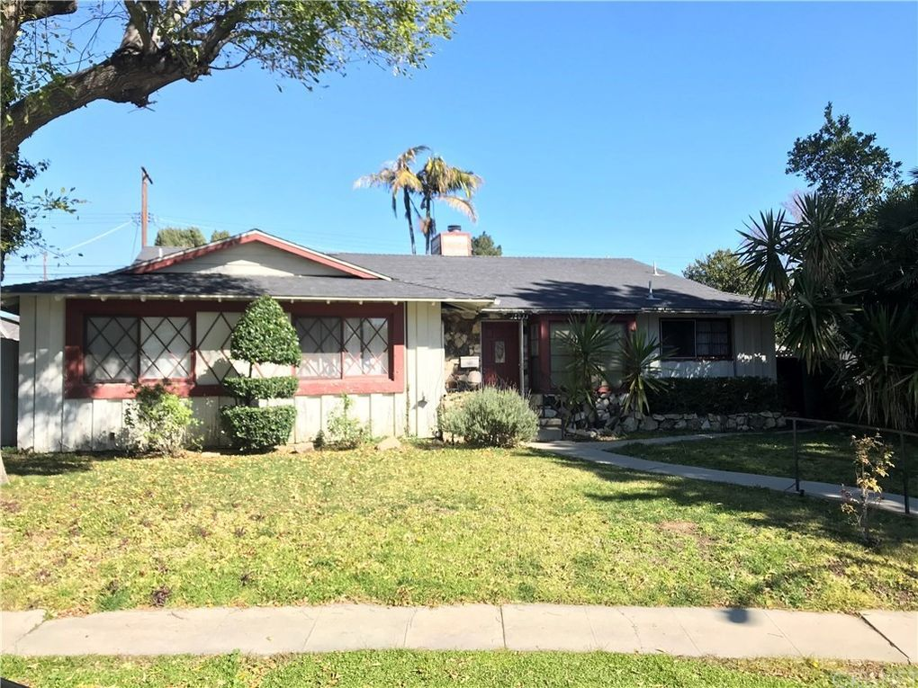 16633 Ludlow St, Granada Hills, CA 91344