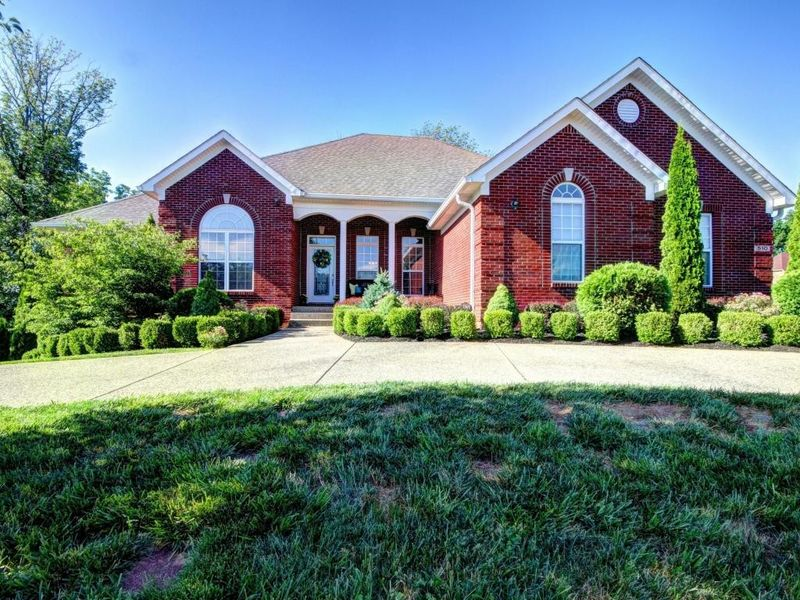 Homes For Sale In Locust Creek Louisville Ky