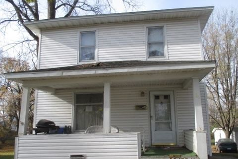 86 Norwood Ave, Hillsdale, MI 49242