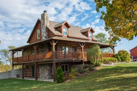 30195 County Road 40, Wakarusa, IN 46573