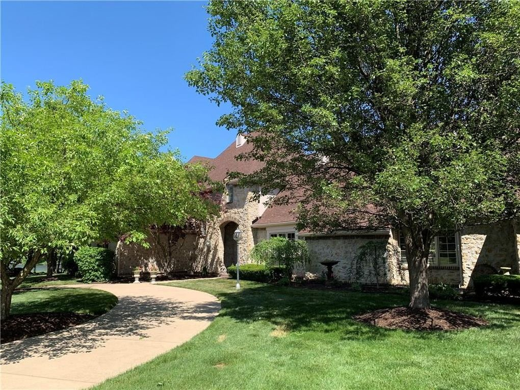 11670 Diamond Pointe Ct Indianapolis, IN 46236