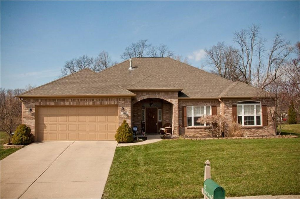30 Golden Tree Ln, Indianapolis, IN 46227