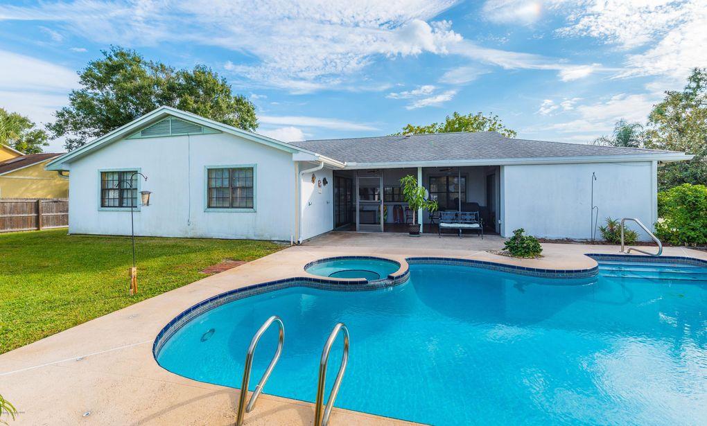 Brilliant 1040 Pembroke Ave Ne Palm Bay Fl 32907 Home Interior And Landscaping Dextoversignezvosmurscom