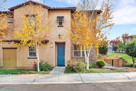 Photo of 170 Healdsburg Ave Unit D, Cloverdale, CA 95425