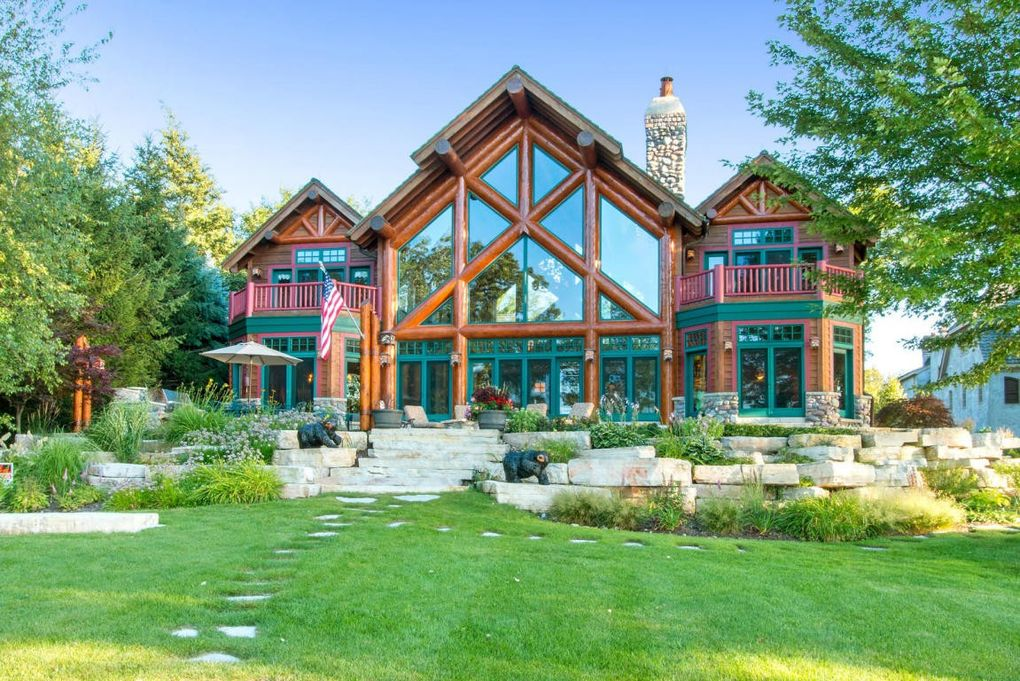 N1921 loramoor dr lake geneva wi 53147 for Wisconsin home builders