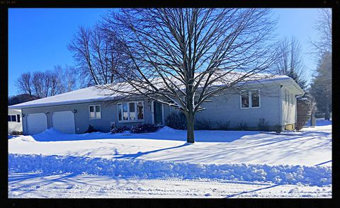 Photo of 502 Mahlum St, Coon Valley, WI 54623