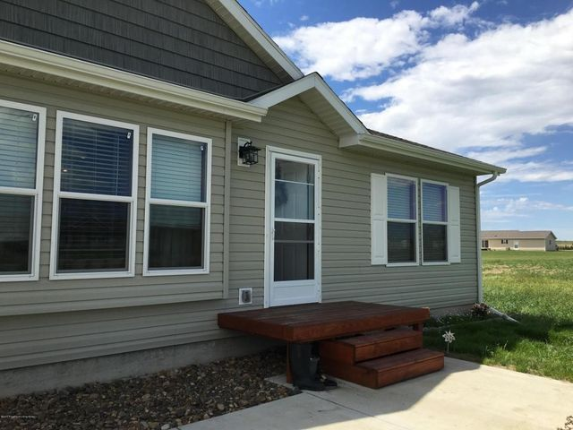 12558 32nd k st nw watford city nd 58854 home for sale for Q kitchen watford city