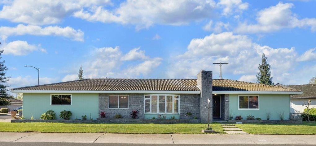 1192 Orangewood Dr, Lodi, CA 95240