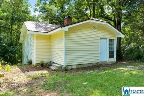 Photo of 4391 Silver Lake Rd, Pinson, AL 35126