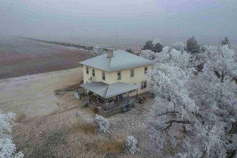 Photo of 11463 K St, Greensburg, KS 67054