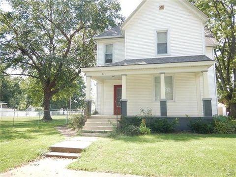 315 S Smith St, Smithton, IL 62285