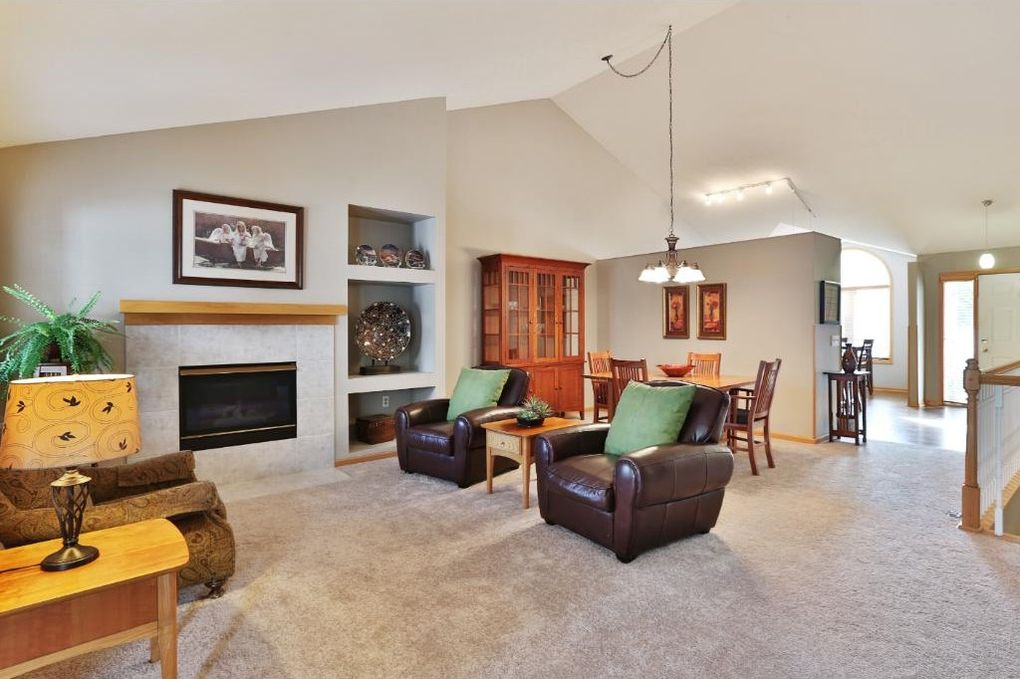 Delicieux 13968 Falcon Ave, Apple Valley, MN 55124