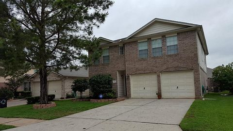 19303 Wading River Dr, Tomball, TX 77375